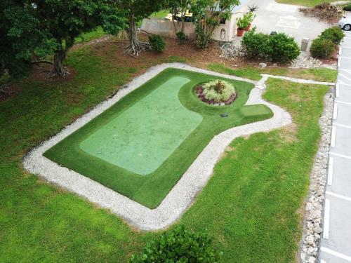 Putting Green - Beachview Condos - Sands of Marco - Marco Island, FL